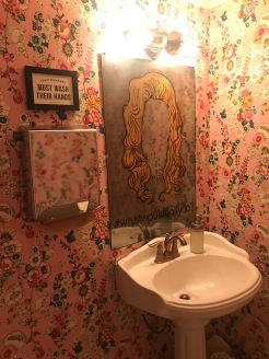 Dolly parton bathroom